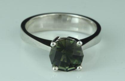 checkerboard desinged bicolor tourmaline gemstone  ring 18 Karats