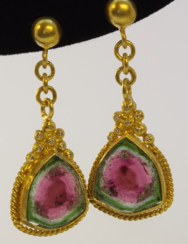 Watermelon Tourmaline  a Pair of earrings, Karpuz Turmalin ve pırlantalı Küpe 18 ayar altın
